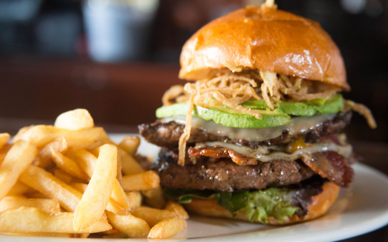 Smokin' Burgers & Lounge